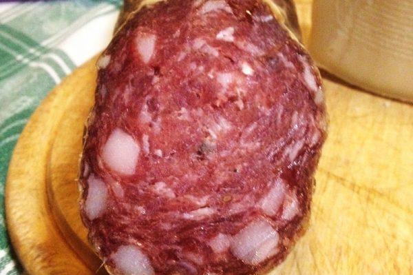 Agriturismo Toscano azienda agricola salame