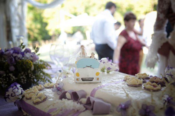 location matrimoni agriturismo torta sposi